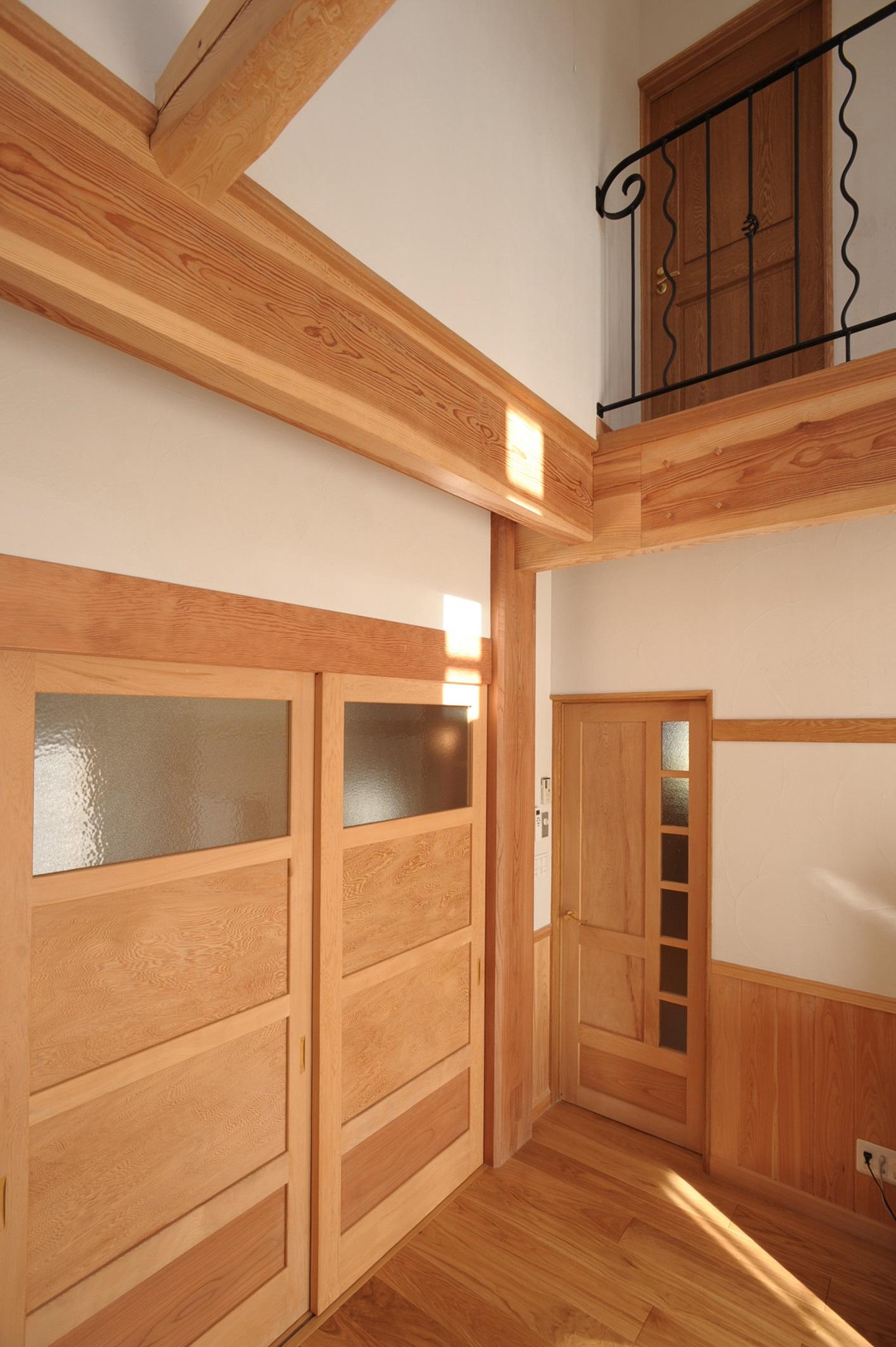こだわり自然素材の治療院併用住宅